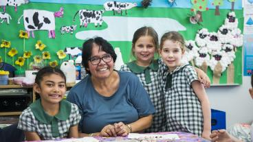 Aunty Maxine and Chifley students
